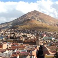 La ville et la montagne d'argent de Potosi